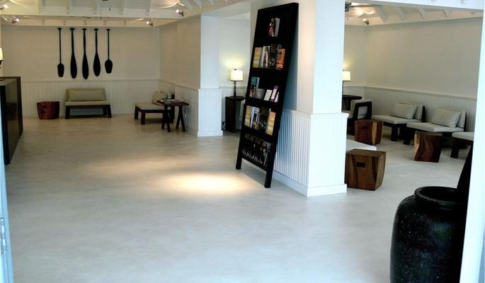 Betonisart su piso con cemento pulido - Cemento pulido para suelos ...